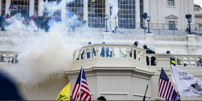 Police, protesters, and smoke on Jan 6